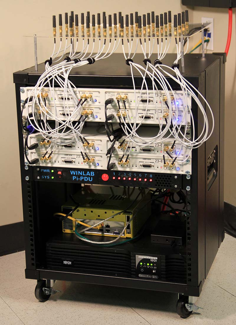 Massive-MIMO mini-rack
